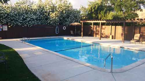 Lemon Cove Campground Swimming Pool - Campground near Sequoia National Park -Lemon Cove Village RV Park Campground